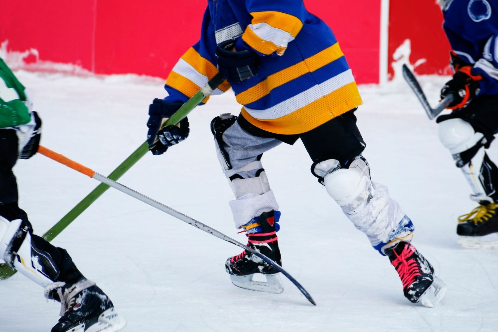 physical benefits of playing ice hockey
